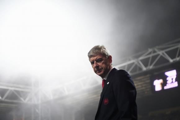 Протественото шествие на феновете на Арсенал срещу Венгер (видео)