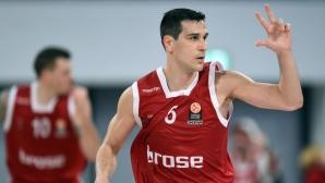 Зисис вече е трети по мачове в Евролигата
