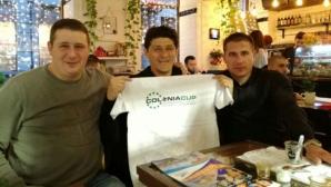 Миодраг Белодедич награждава децата на турнира в Златни пясъци