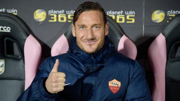 Рома предложи на Тоти 6-годишен договор като директор