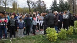 120 ученици бягаха в традиционния пролетен крос в Търговище