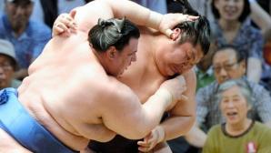 Аоияма с пета победа на турнира в Осака