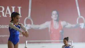 """Министър Дашева откри първия турнир по гимнастика """"Йордан Йовчев"""""""