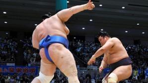 Аоияма запази шанс за положителен баланс в Осака