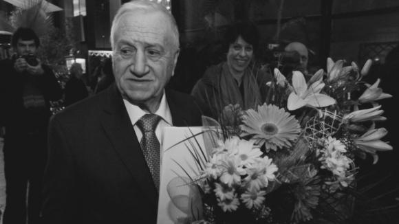 Сбогуваме се с великия Иван Абаджиев в четвъртък на националния стадион