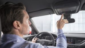 Opel OnStar – нови услуги и над девет милиона контакти