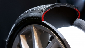 """""""В гаража"""": Функциите на една гума"""