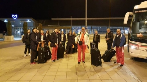 Националките под 18 години заминаха за Европейското първенство в Холандия