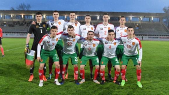 Славия подписа с трима от героите на България