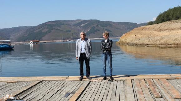 Министърът на младежта и спорта посети националната база по кану-каяк на язовир Кърджали