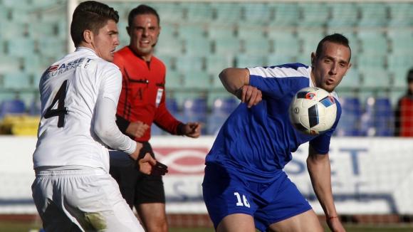 Феноменален обрат остави Славия в борбата за Европа, герой на България с първи гол (видео)