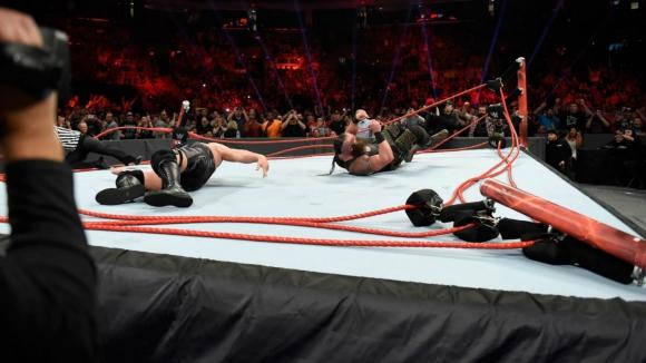 Кечисти счупиха ринг в Първична сила