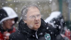 Дерменджиев пита: Колко играчи имат от школата си Барса, Байерн и ПСЖ?