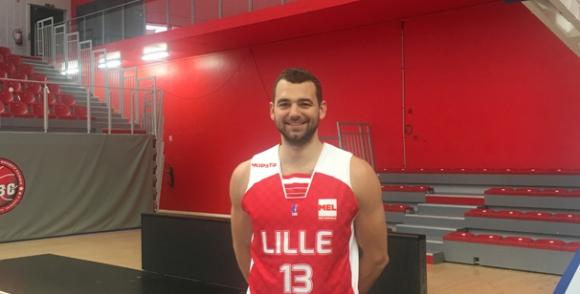 Павел Маринов дебютира със загуба за френския Лил