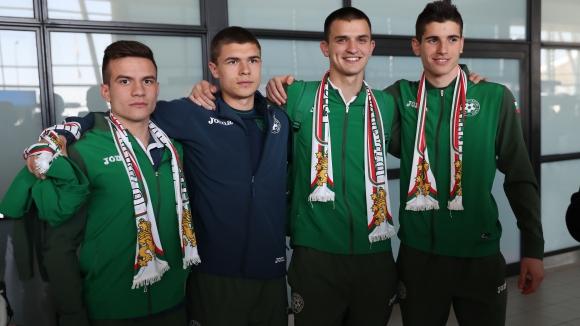 """Малките """"лъвове"""" с три лагера преди Евро 2017"""