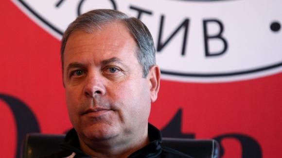 Стефан Генов: Удари ме бомбичка, но по-тежко пострада кондиционният треньор