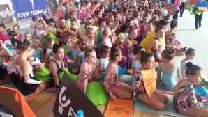 Над 200 малки грации показаха майсторство в Благоевград