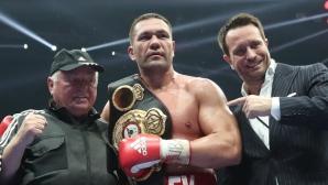 Кобрата: Моята цел е световната титла! Готов съм да изляза и срещу Кличко, и срещу Джошуа (видео)