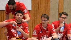 Български хандбален национал с тежка контузия, чака го операция