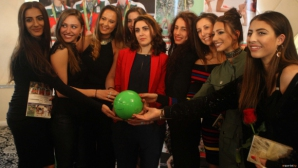 """""""Златните момичета"""" награждават медалистките на Световната купа"""