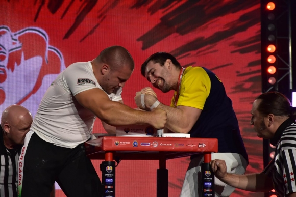 Сашо Андреев с Европейска титла на лява ръка