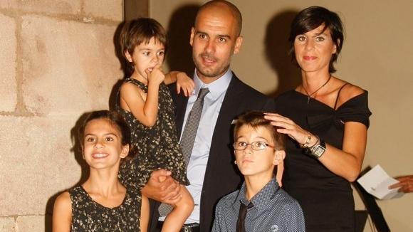 Съпругата и дъщерите на Гуардиола на косъм от смъртта