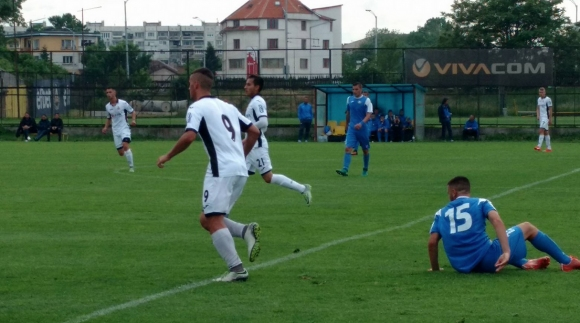 Левски съсече Славия при юношите и помогна на ЦСКА-София в битката за титлата