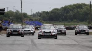 Атрактивна битка на старта на новия автомобилен шампионат Eneos Cup