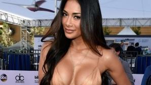 Никол много, много секси в Лас Вегас (видео + галерия)