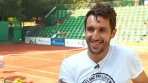 Васко Младенов стартира с победа на турнир в Украйна