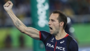 Лавийени и Льометр с победи във Франция