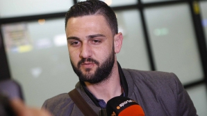 Сектор Б спира Гаджев за Левски