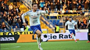 Алекс Колев изригна с два гола и асистенция в Полша