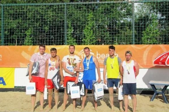 Василев и Иванов отново откриха сезона в Beach Volley Mania с титла (галерия)