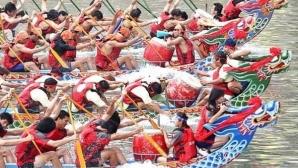 България спечели за втори път традиционното състезание с драконови лодки в Китай