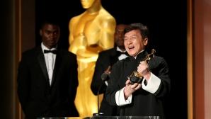 """Джеки Чан сравни победата на отбора си в """"Льо Ман"""" с Оскар"""