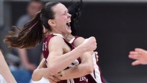 Латвия детронира шампиона Сърбия на ЕвроБаскет (видео)
