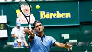 Федерер не загуби сет срещу Миша Зверев