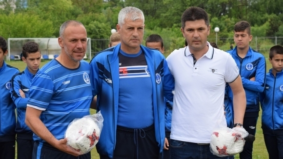 15-годишните футболни таланти на Черноморец (Бургас) ще участват на силен международен турнир в Скопие