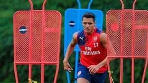 Венгер уверен, че Санчес ще остане в Арсенал
