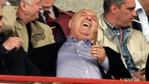 Венци Стефанов разкри: Петко отива във Фиорентина срещу повече от милион евро