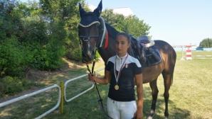 17-годишна бургазлийка е втора в България по конен спорт за 2017 година