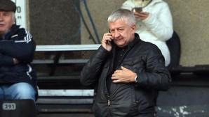Крушарски обяви защо Мартин Камбуров му се обиди и напусна Локо Пд, готов е да се оттегли