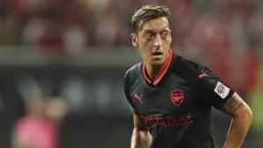 Арсенал близо до нов договор с Йозил