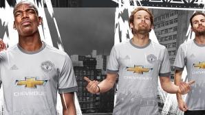Манчестър Юнайтед показа уникална фланелка