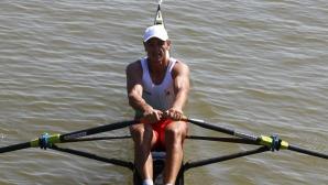 Три български лодки на полуфинал на Световното по гребане