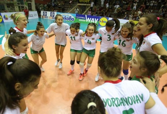 България остана в играта за полуфиналите на Европейското