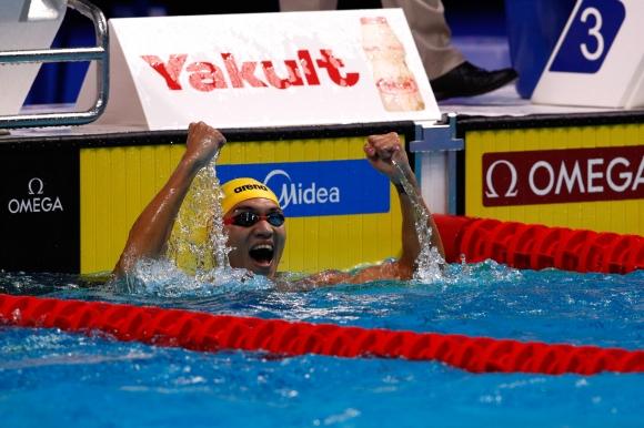 Китаец със златото на 100 метра гръб