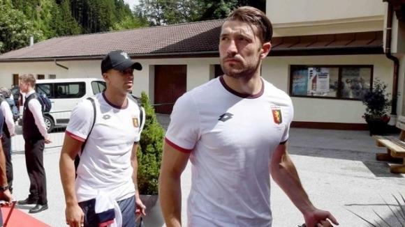 Гълъбинов ще е титуляр за Дженоа срещу Сасуоло