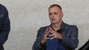 Тони Здравков взе четирима от юношеските национали за квалификацията в Стара Загора